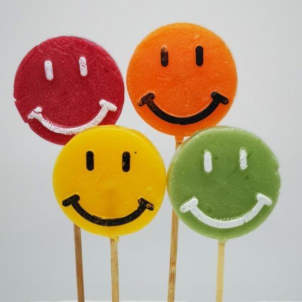 Fruchtige Lollys in Smiley-Optik