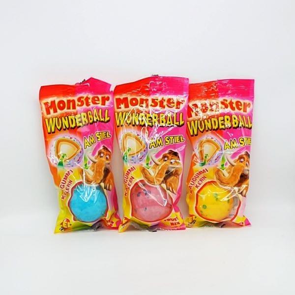 Riesige Lutschbonbon mit Kaugummikern am Stiel. Lutscher mit bunten Schichten und Ballon-Kaugummi-Kern von Drop Shop Schwandtner