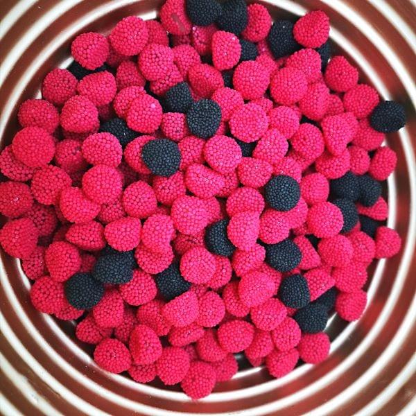 Fruchtgummis mit Himbeer oder Brombeer Geschmack von Drop Shop Schwandtner